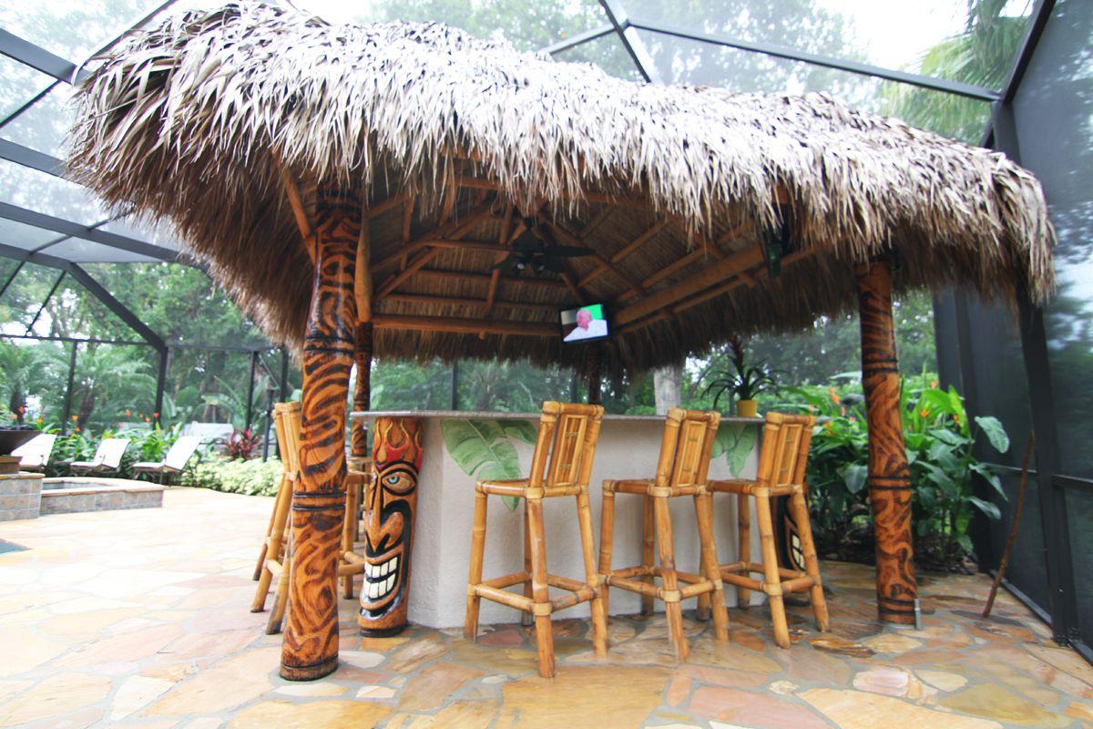 Awesome hut | Tiki bars backyard, Tiki hut, Tiki bar