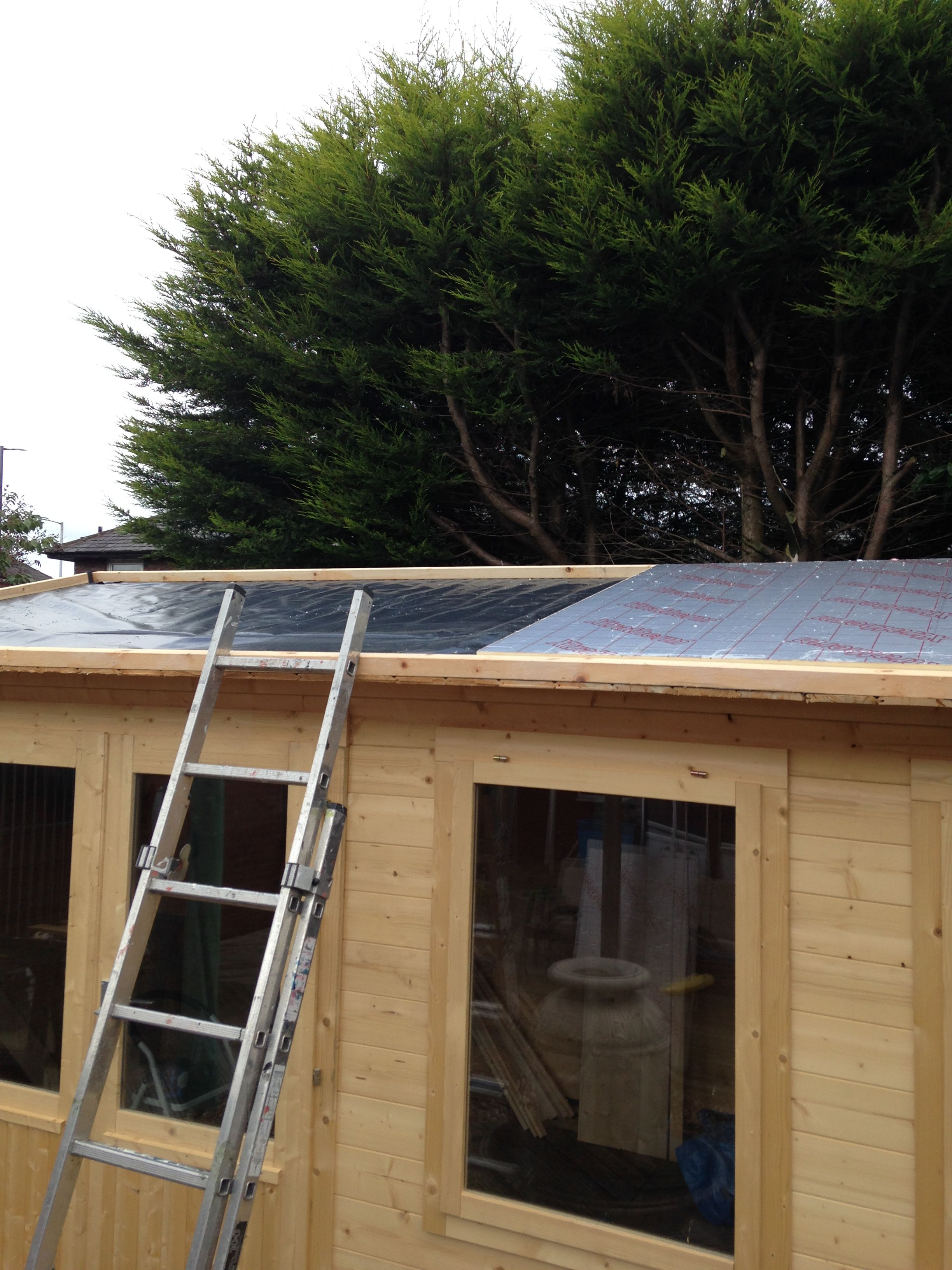 50mm Pir Insulation Loose Laid In Tray On Polythene Vapour Barrier On Timber Boarded Roof Garden Lodge Timber Boards