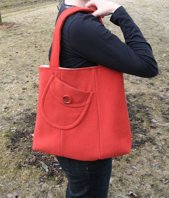 UPCYCLE: Pumpkin wool coat shoulder bag