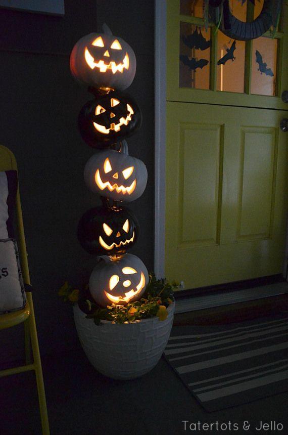 The 11 Best EASY DIY Halloween Decorations DIY Halloween, Topiary