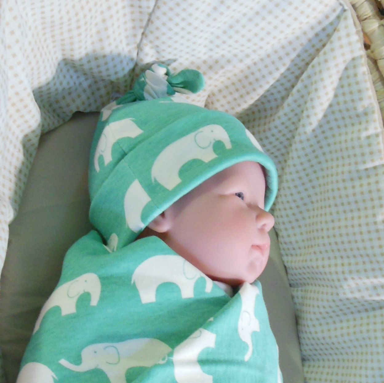 Ecofriendly baby hat, newborn knot hat, organic baby hat, infant hospital hat, organic baby beanie, organic infant hat, green infant cap - pinned by pin4etsy.com