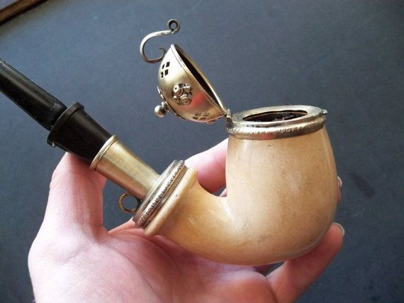 Antique Meerschaum Tobacco PIpe w Sterling Silver cap and