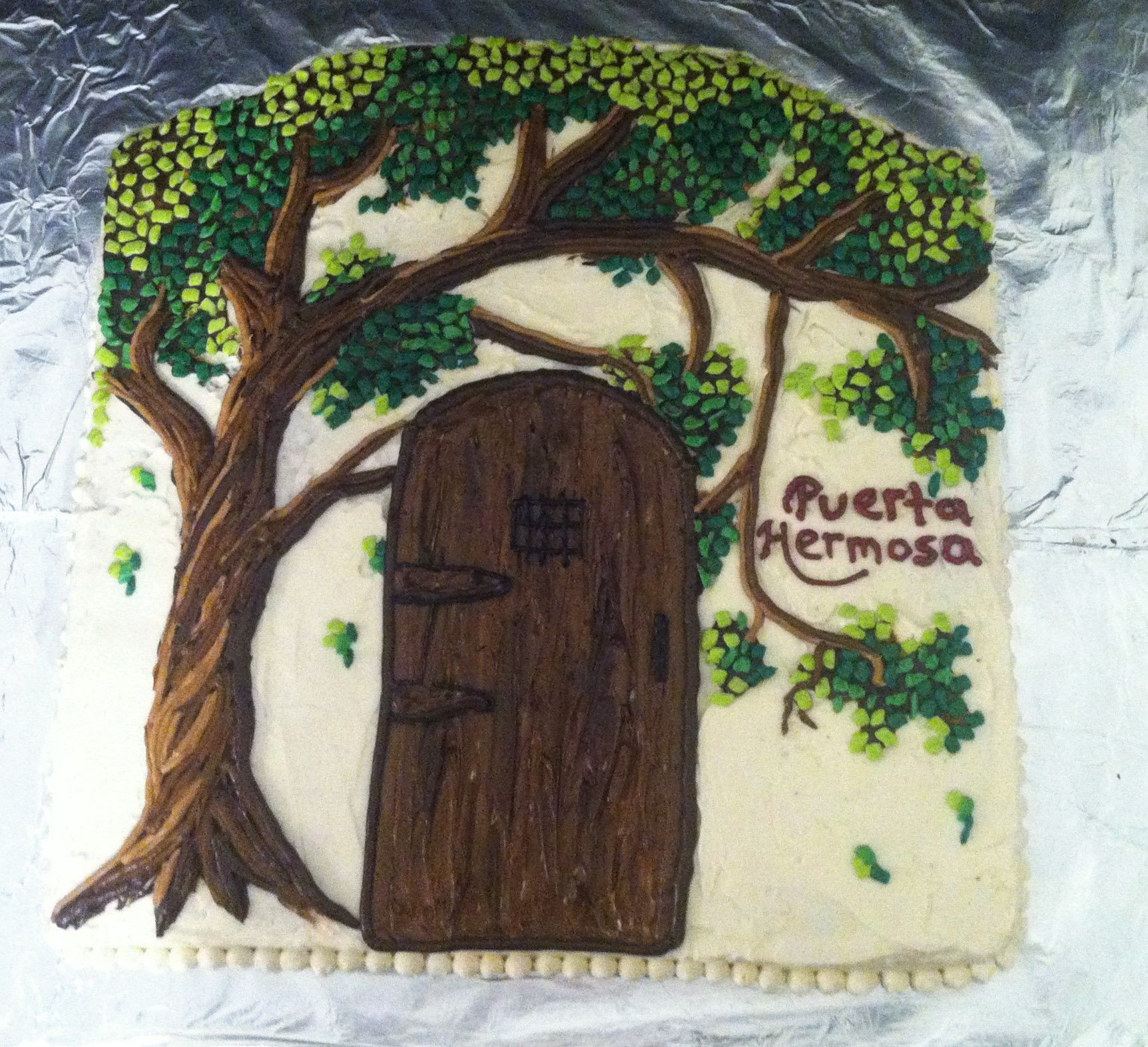 Mosaic looking tree and gate cake