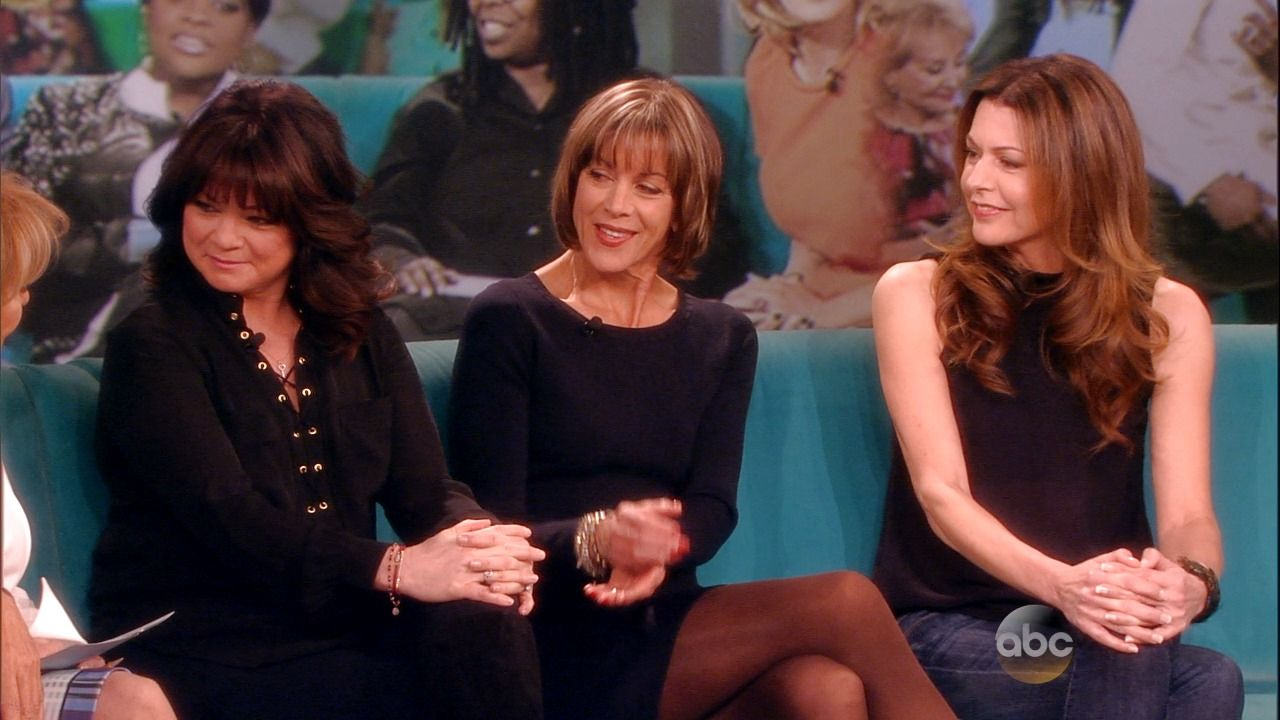 On The View This Week Wendie Malick Shared Photos Of Two Of Our Wild Stallions Who She Valerie Bertinelli A Wendie Malick The View Tv Show Valerie Bertinelli