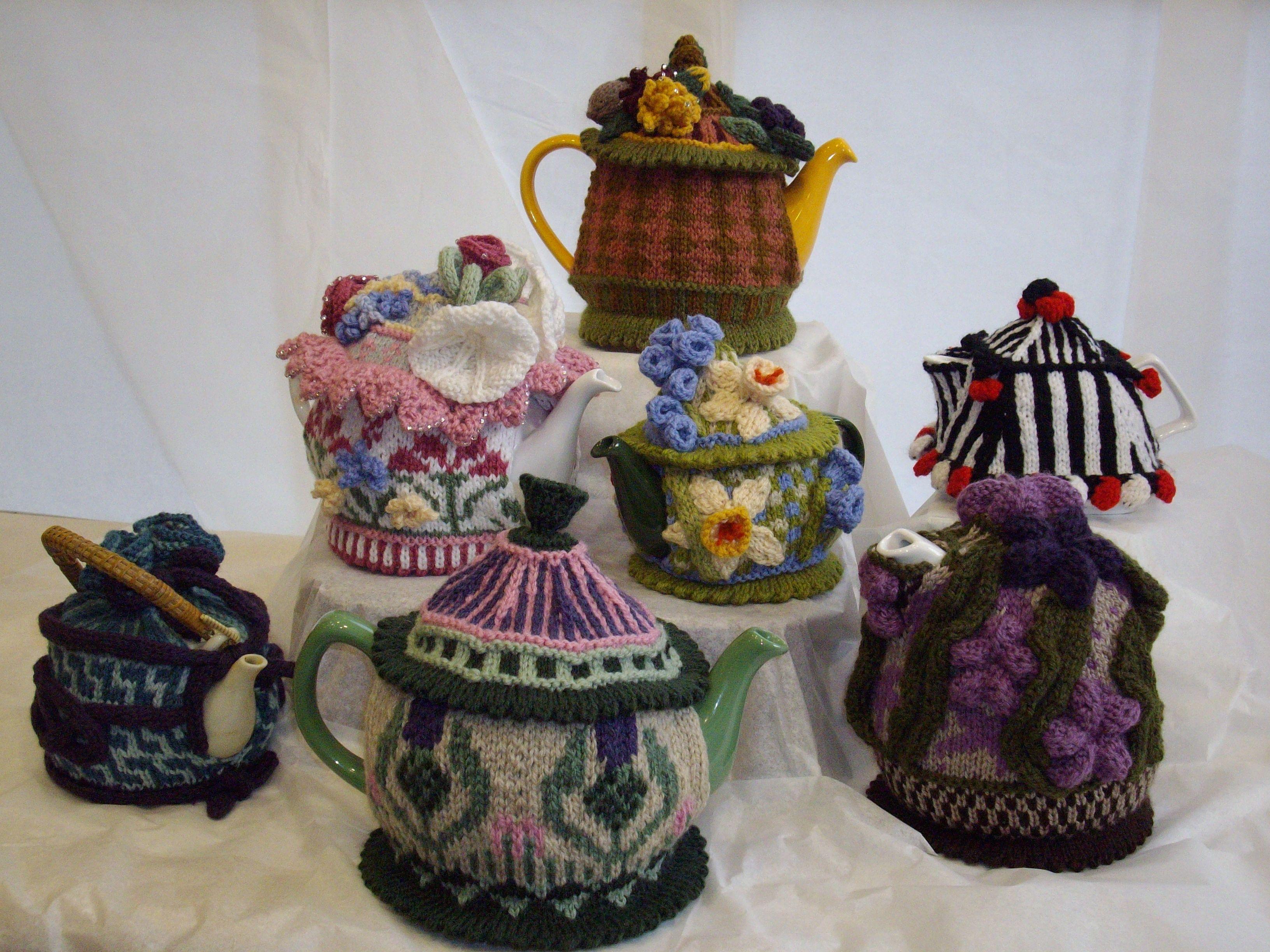 Tea Cozies – my toys!   Teteras, Hora del té y Las horas