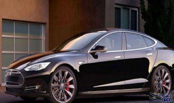 سيارات تسلا الجديدة ت شحن عبر سقفها المكون ستسمح تقليعة أعلن عنها إيلون ماسك مؤخرا تحت اسم Tesla Glass مخصصة لسائقي سيارات هذه Car Bmw Bmw Car