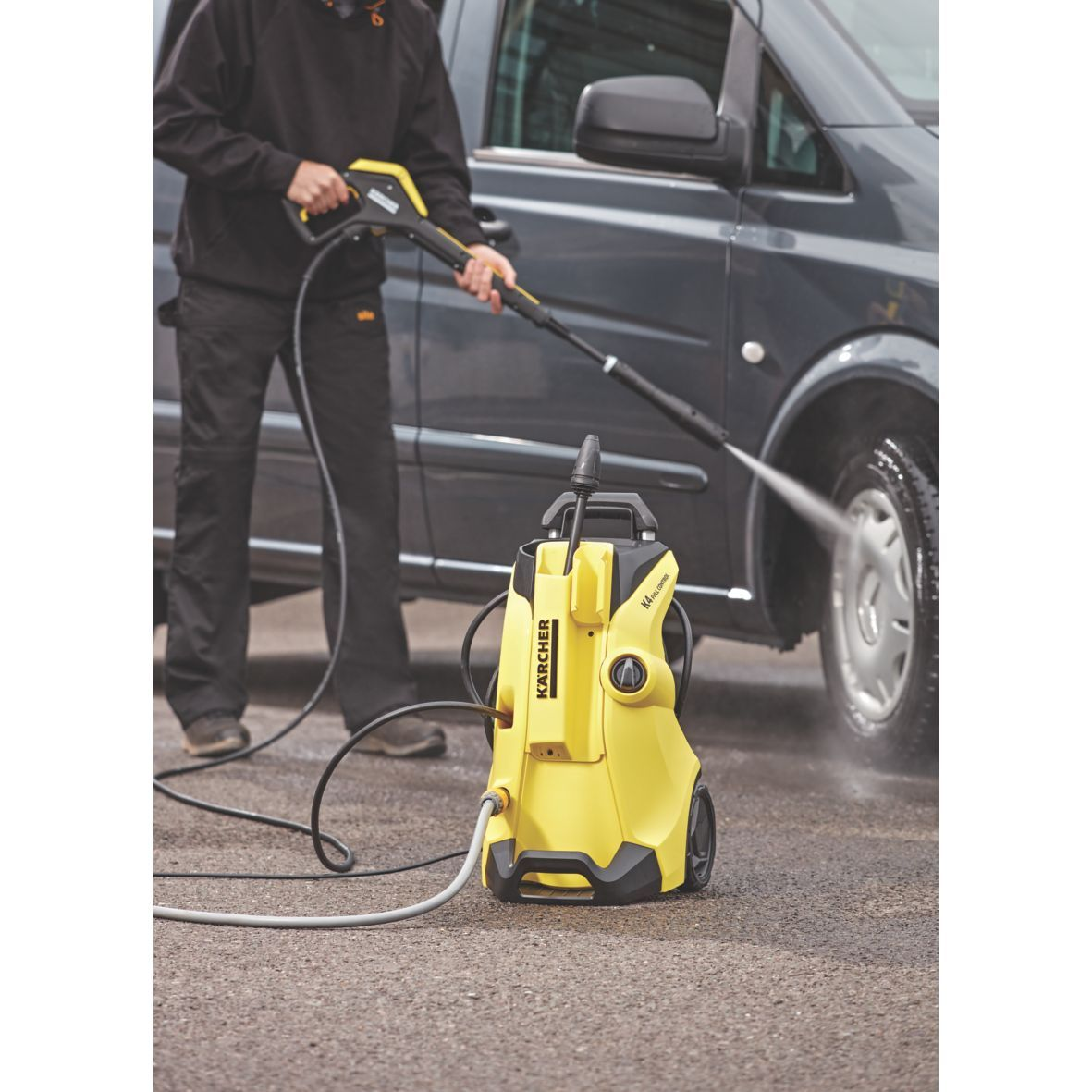 Pin by Screwfix on Beat The Heat Pressure washer, Washer