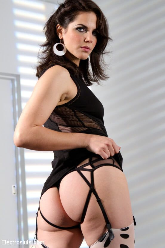Click Here To Watch Bobbi Starr Private Webcam Show