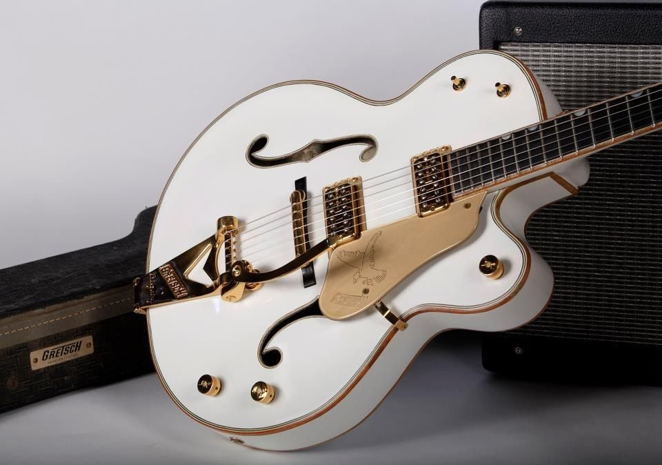 15 Of The Sexiest Vintage Guitars You Have To See To Believe! #vintageguitars