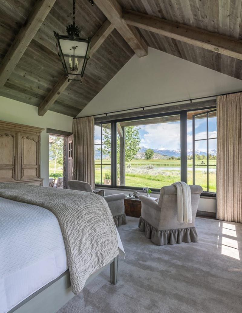 Photo of Traditional mountain home with modern elements in beautiful Wyoming