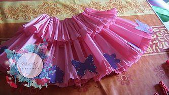 Gonna di carta crespa con elastico regolabile in vita. Paper crepe skirt  with adjustable elastic waist. mrsartscrap.wix.com scrapbooking 1242429b90d6