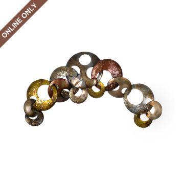 Interlocking Metal Circles Plaque