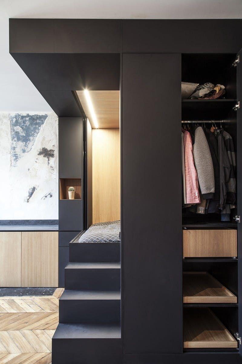 Innenarchitektur für wohnzimmer für kleines haus a tiny paris studio with a genius bedroom solution  interior
