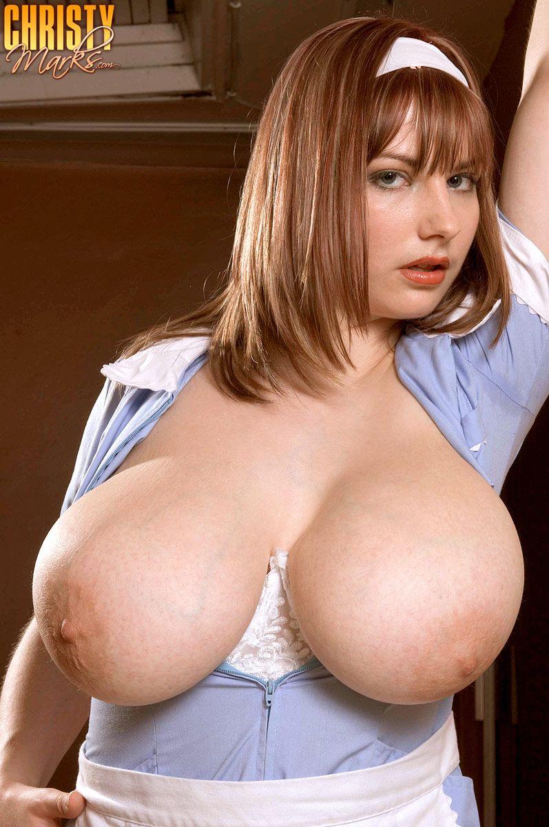 Erika eleniak young nude