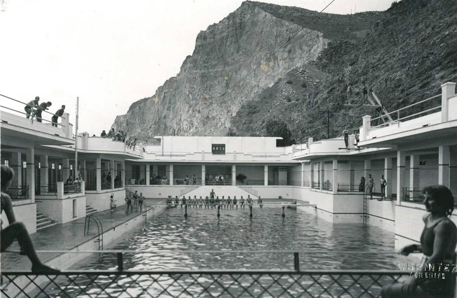Piscinas balneario 1959 foto ben tez fotos del pasado for Piscinas publicas zaragoza