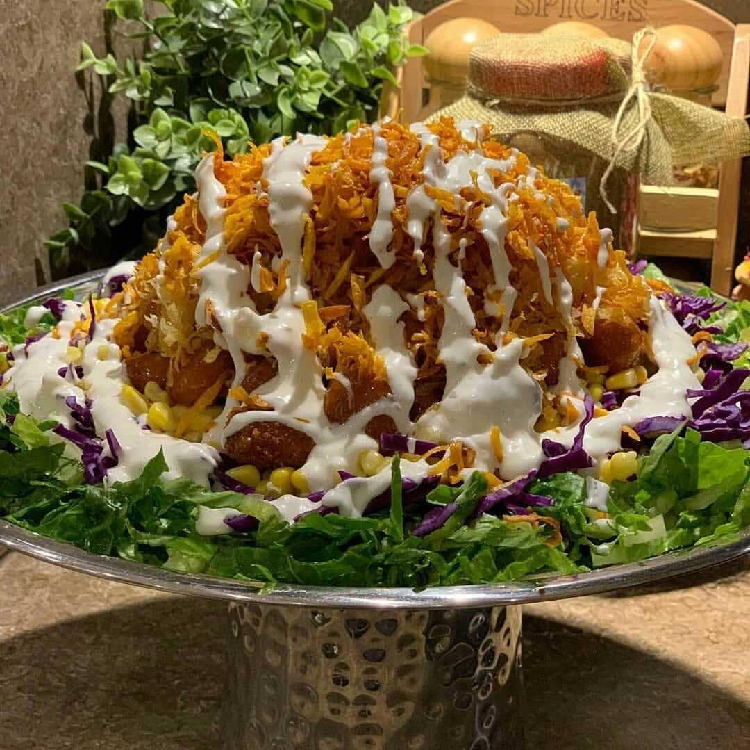 Salat366 On Instagram سلطه كرسبي من حساب الجميله Mykitchen5 المقادير كرتون دجاج بوب كورن خس مقطع ناعم ربع حبه Vegetables Food Cabbage