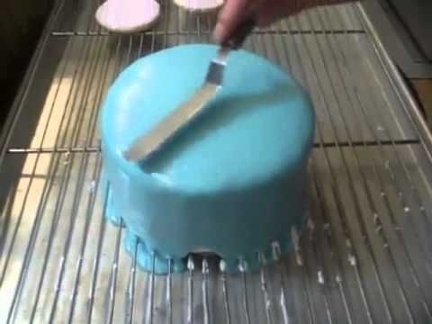 Poured icing recipe for cakes