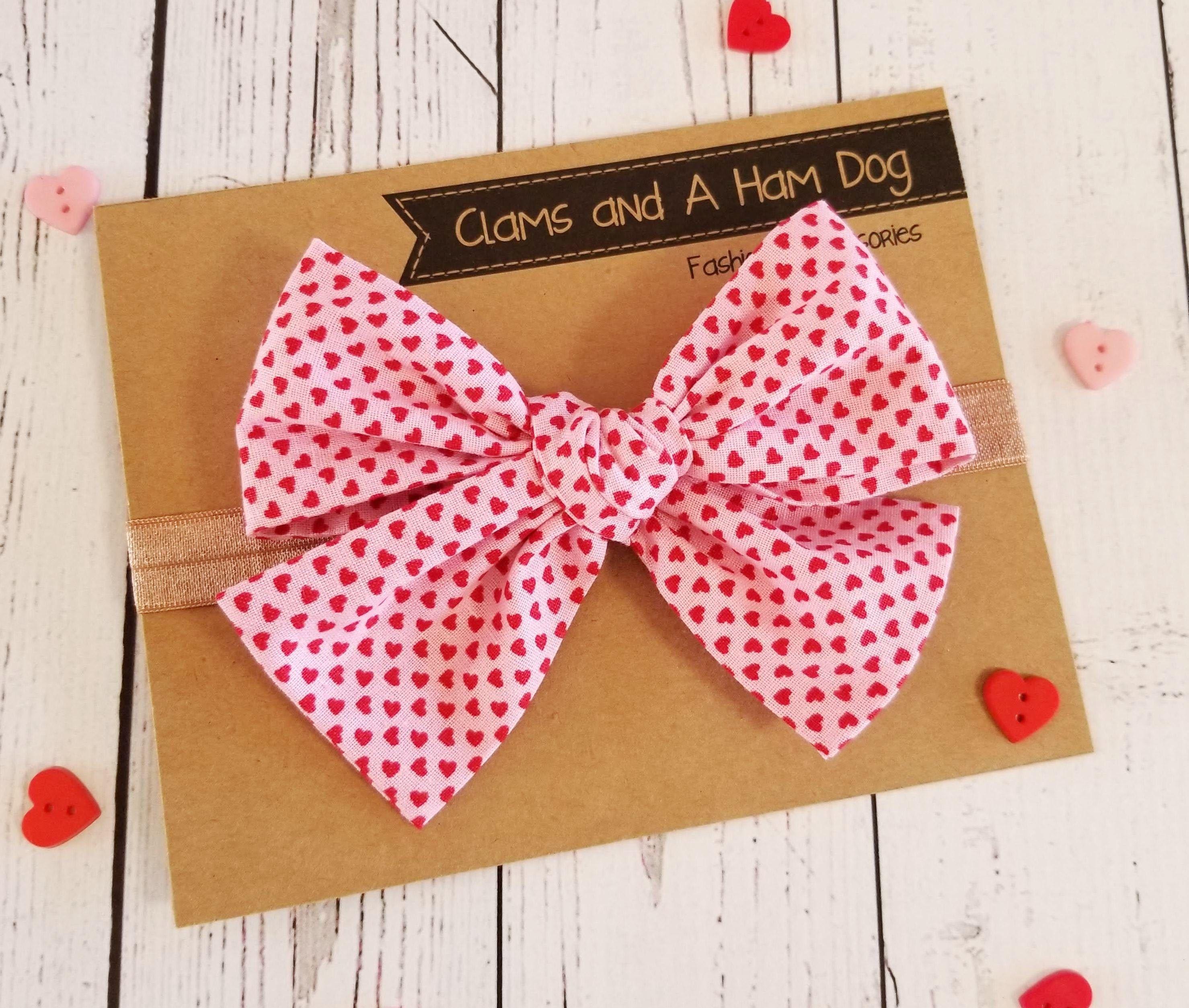Monogrammed Valentine/'s Day Bows on Alligator Clip or Nylon