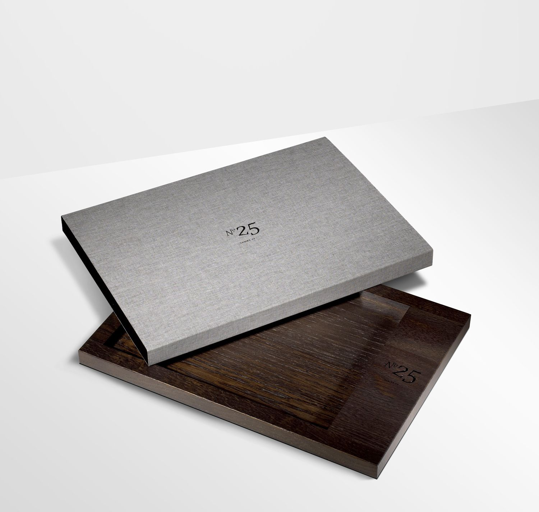 Folder Slipcase Case Binder Presentation > Packaging