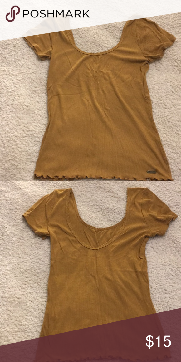 035e7e34671ca7 Hollister Mustard Yellow Scoop Neck Ribbed Top M 100% cotton size medium  Never worn but