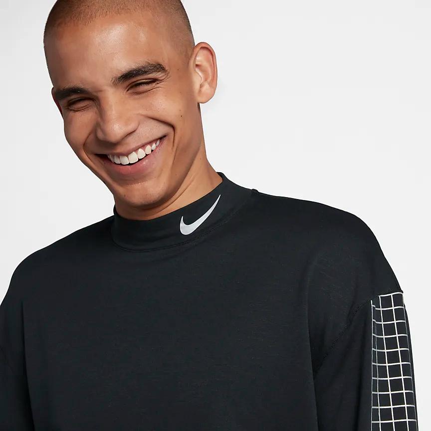 elección con tiempo argumento  Nike Dri-FIT Therma Sphere Element Men's Running Crew. Nike.com | Man  running, Nike dri fit, Dri fit