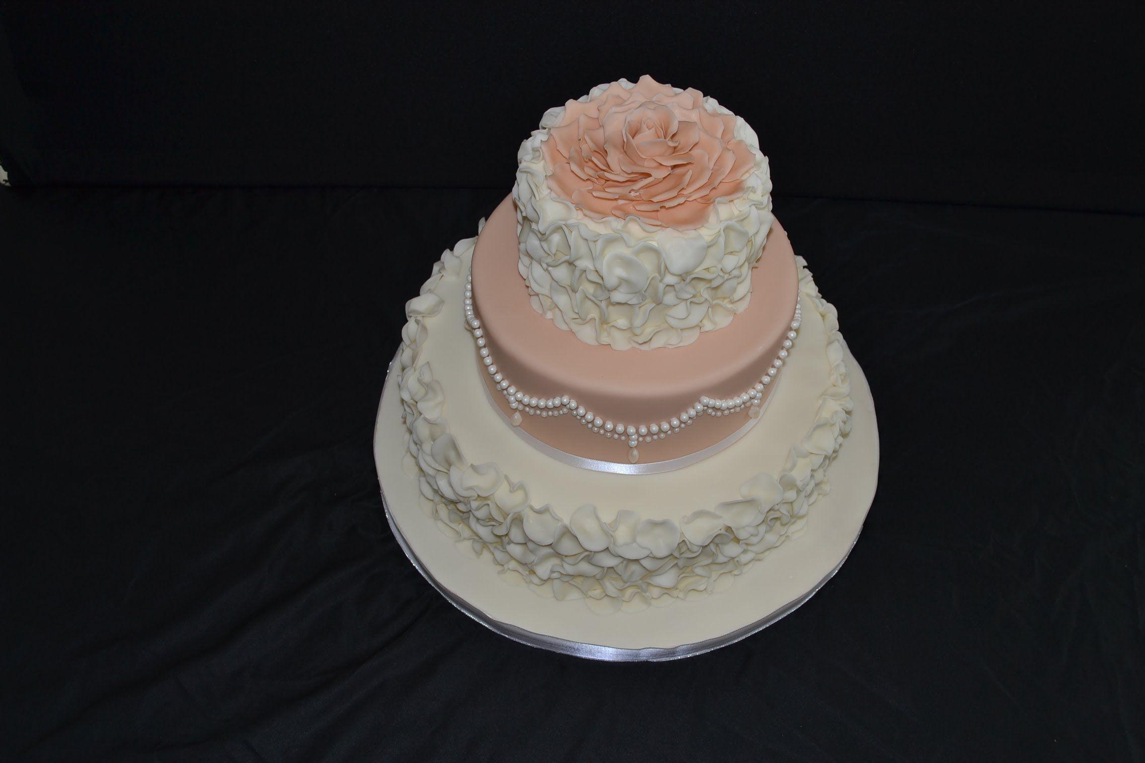 Make Fondant Petal Circle Ruffle Decorated Cake