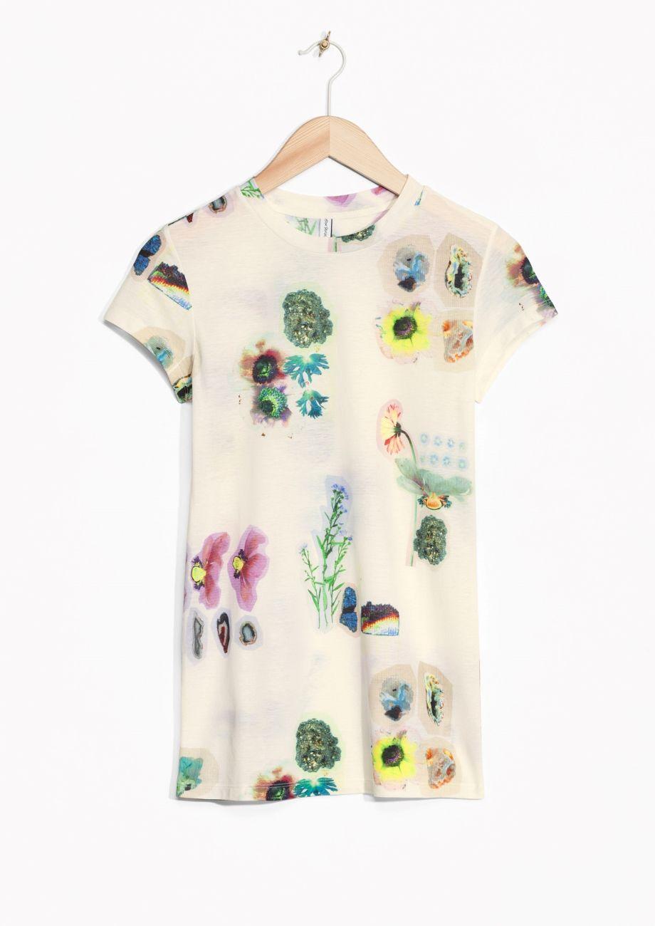 Cos green dress 2018  u Other Stories  Herbarium Print TShirt  TSHIRT  Pinterest