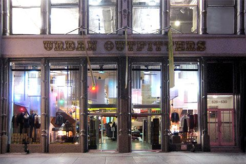 Urbanoutfitters In Soho 628 Broadway New York 212 475 0009 New York Travel Urban Outfitters Broadway News