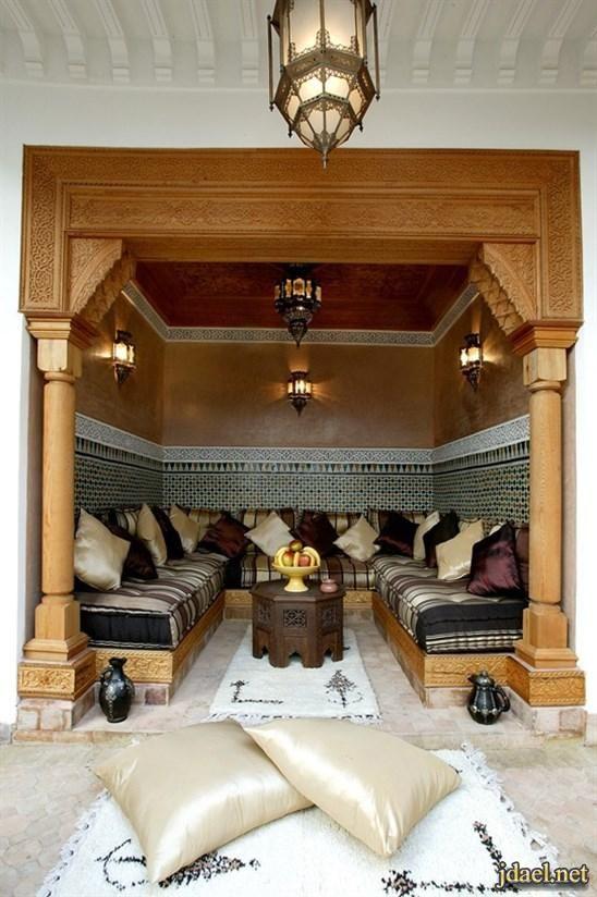 ديكورات مجالس عربية فخمة جبس اضاءة ارضية توزيع الاثات منتدى جدايل Moroccan Living Room Moroccan Room Living Decor