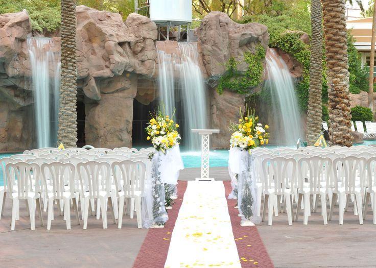 Crescendo Pool Wedding Venue At The Flamingo Hotel Las Vegas