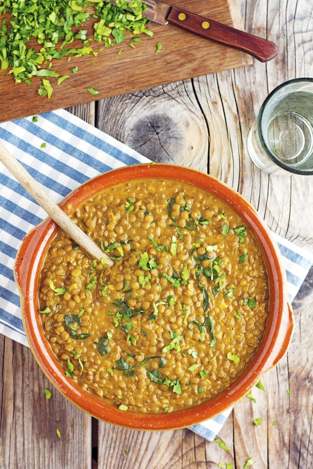 (Vegan) Easy Coconut Green Curry Lentils Lentil curry