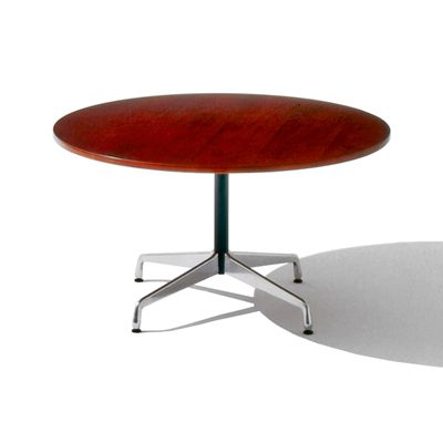 Love This Herman Miller Eames Round Breakfast Table 579 Decor