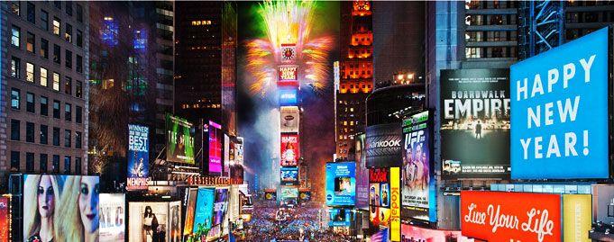 Ridecolorfully Katespadeny Vespa New Year S Eve Times Square