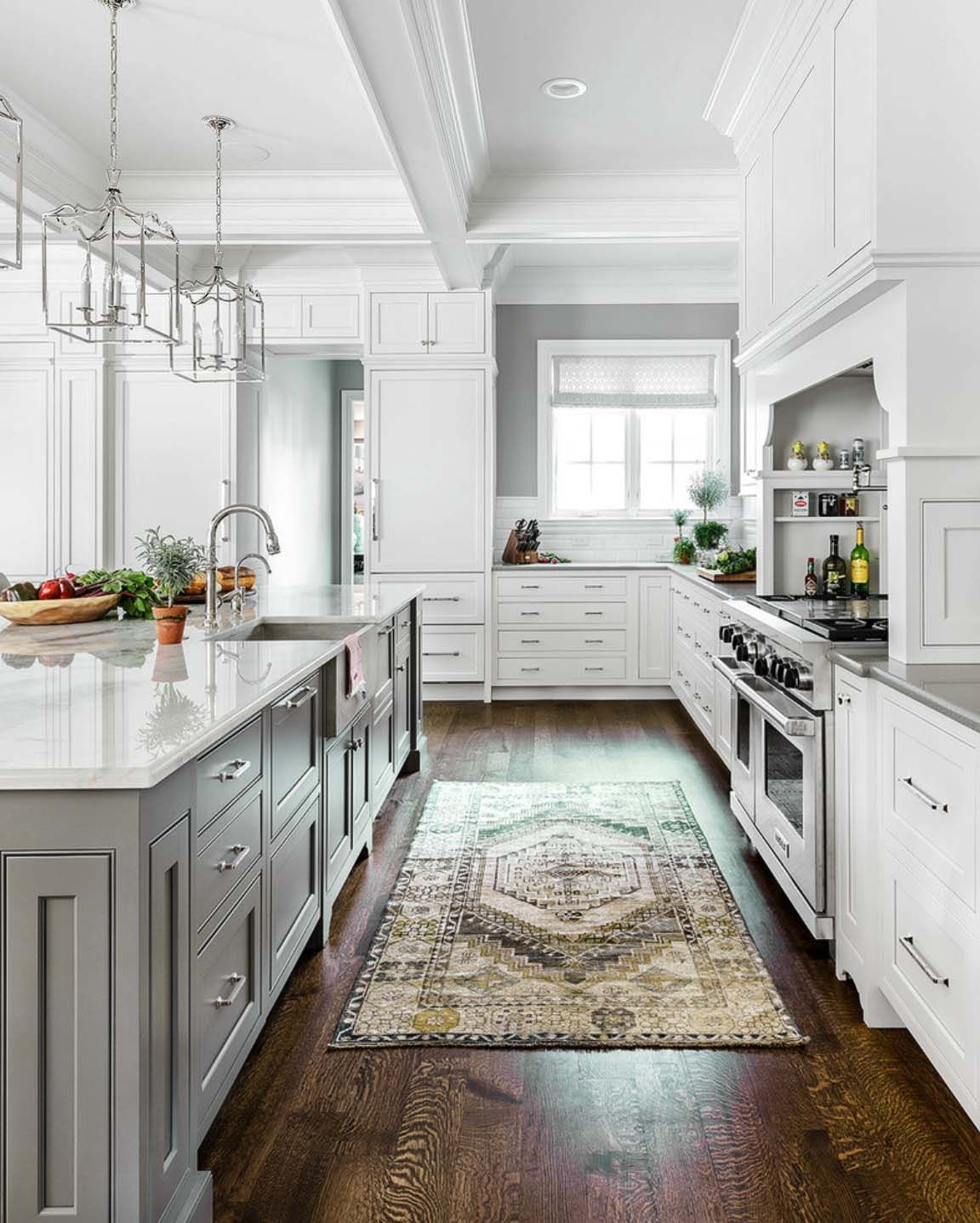 30 Beautiful And Inspiring Light Filled Kitchens With White