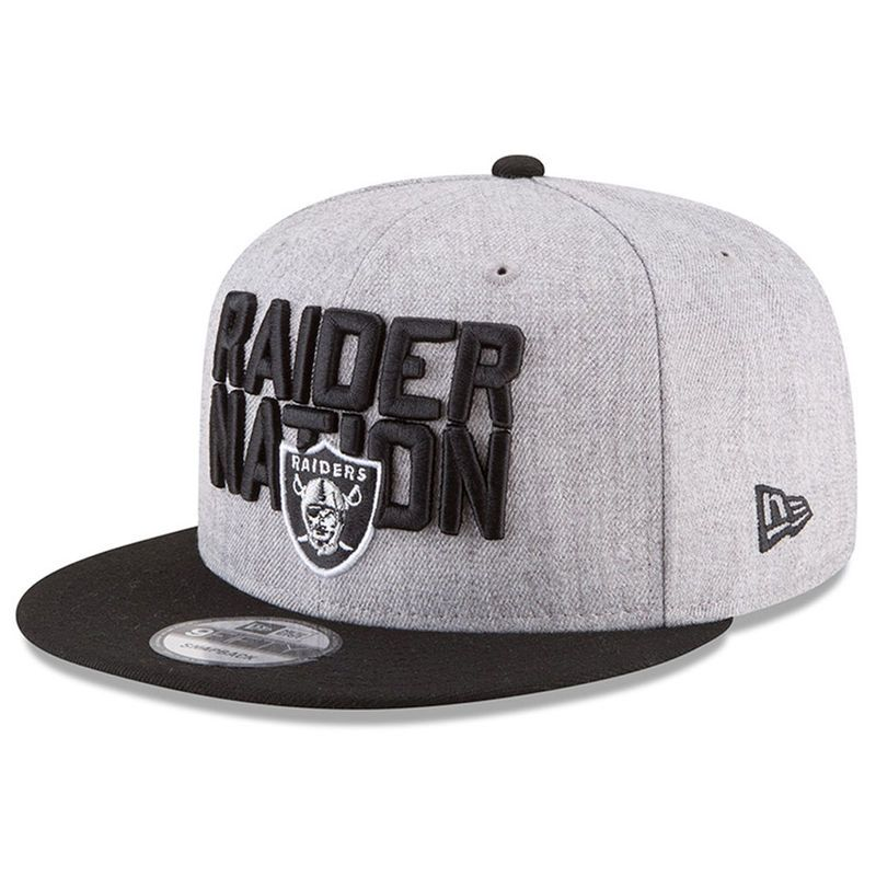 112506b2b28 Men s New Era Heather Gray Black Oakland Raiders 2018 NFL Draft Official On- Stage