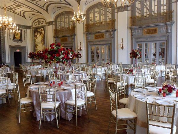 Doubletree By Hilton The Tudor Arms Hotel Ohio Outdoor Wedding Wedding Reception Venues Outdoor Wedding Venues