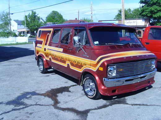 Custom vans | Dodge Van: 1978 Custom Dodge Van caravan