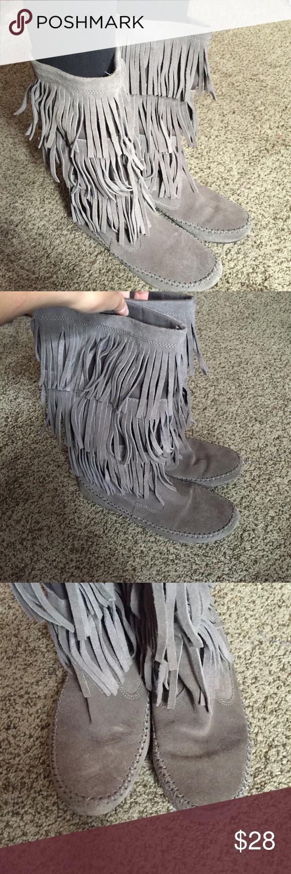 Sz 7 moccasin boots Lauren Conrad moccasin boots in grey, very light wear. Lauren Conrad Shoes Winter & Rain Boots