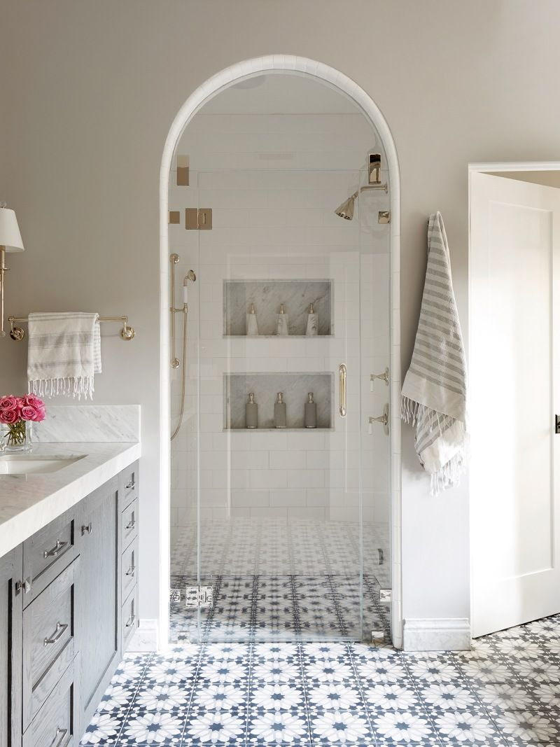 Instead Of Glass Shower Doors Try An Archway In A Small Bathroom Spanish Style Bathrooms Shower Doors Glass Shower Doors