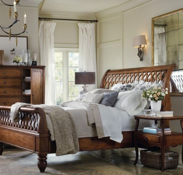 Intricate Design Of The Amazing Lattice Sleigh Bed Sleigh Beds