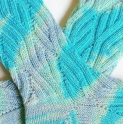 Socken stricken / Marys Sockenparade » Tausendschön Unikat-Abo 2014 #hochzeitskleiderhäkeln