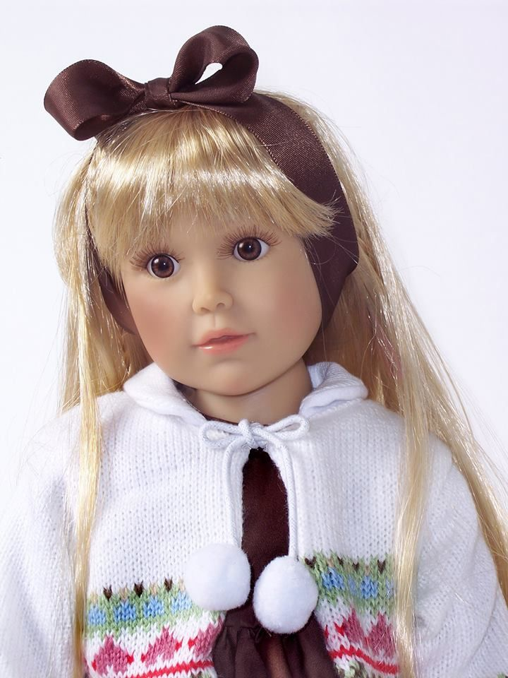 Special winter 2014-15 Kidz 'n Cats doll - Claudette