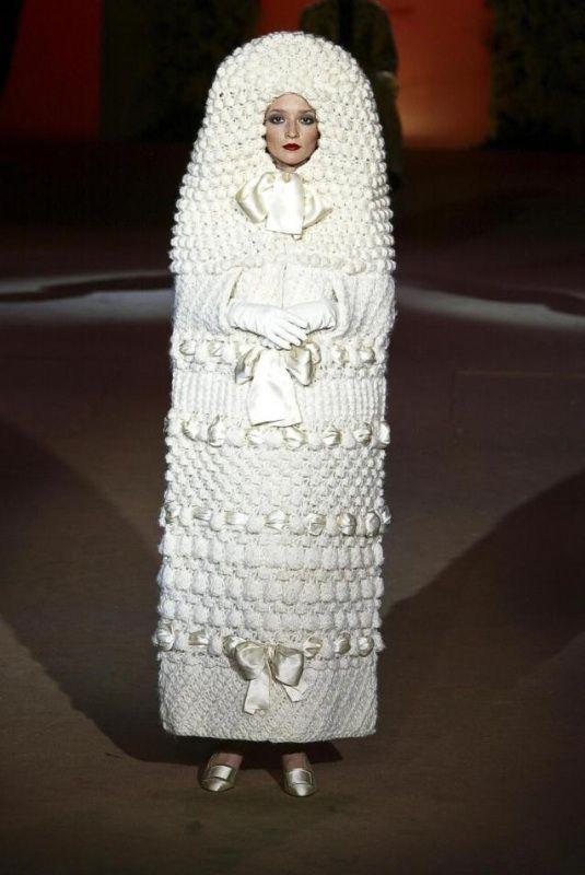 Yves Saint Laurent, Poupée Russe, 1965 | Robes et Costumes | Pinterest