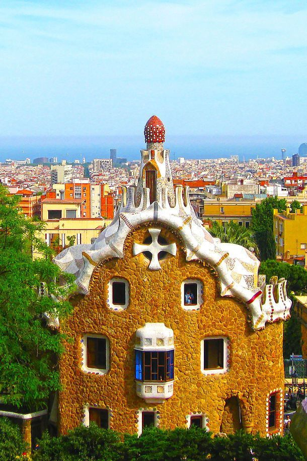 The Absolutely Best Gingerbread House Glue #gingerbreadhousetemplate Gaudi Gingerbread House Barcelona #gingerbreadhousetemplate