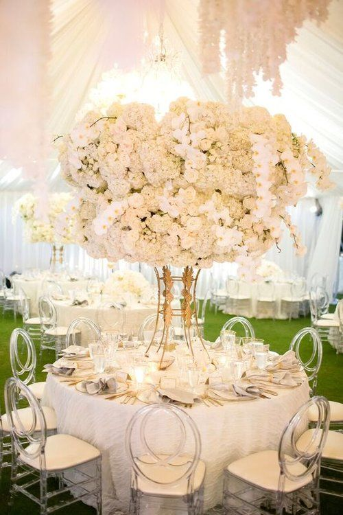 Hawaii Five O White Lilac Inc Event Design For Weddings Fashion Social Corporate Www Whitelilaci Wedding Centerpieces Wedding Themes Winter Wedding
