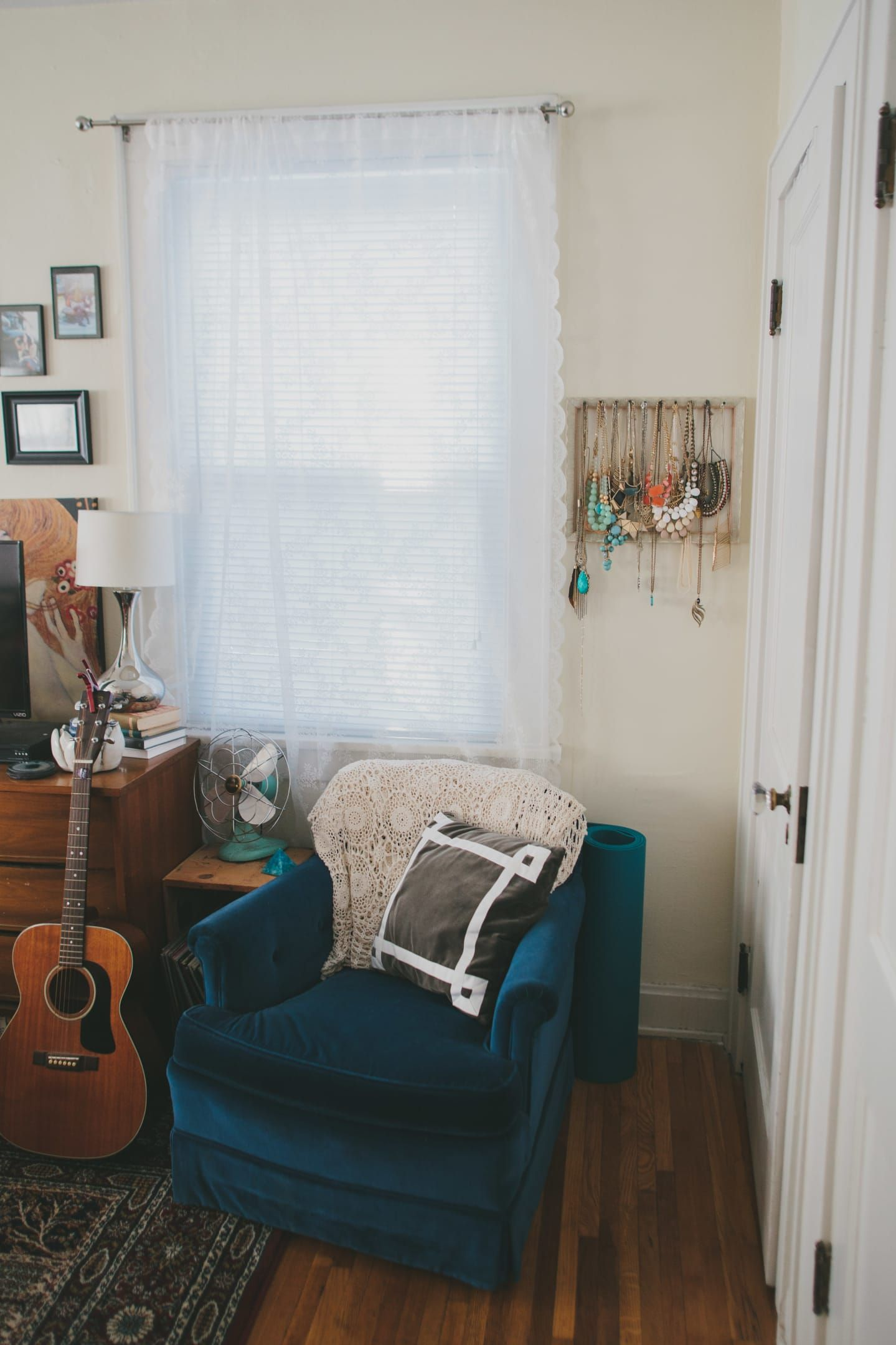 Tiny Bohemian Vintage Studio With Twist Apartment
