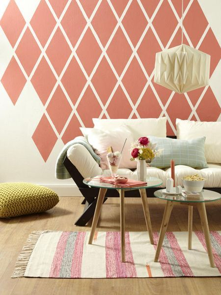 Wall design: 8 creative ideas Living idea -  A family tree for the family photos, a creative wardrobe or an annual planner to bring order to the - #creative #design #diybeautifulhomedecor #diyfamilyroom #homediycrafts #idea #ideas #living #Wall