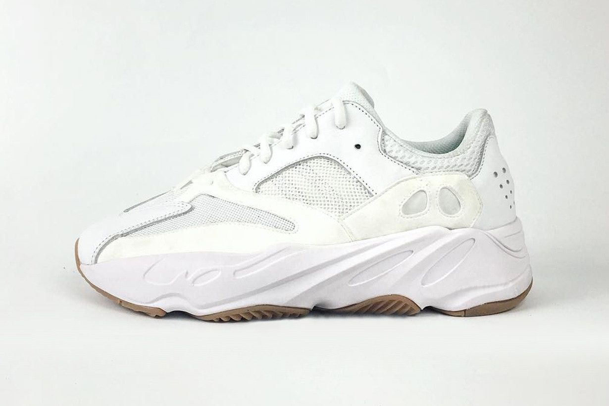 YEEZY BOOST 700 Wave Runner: Two