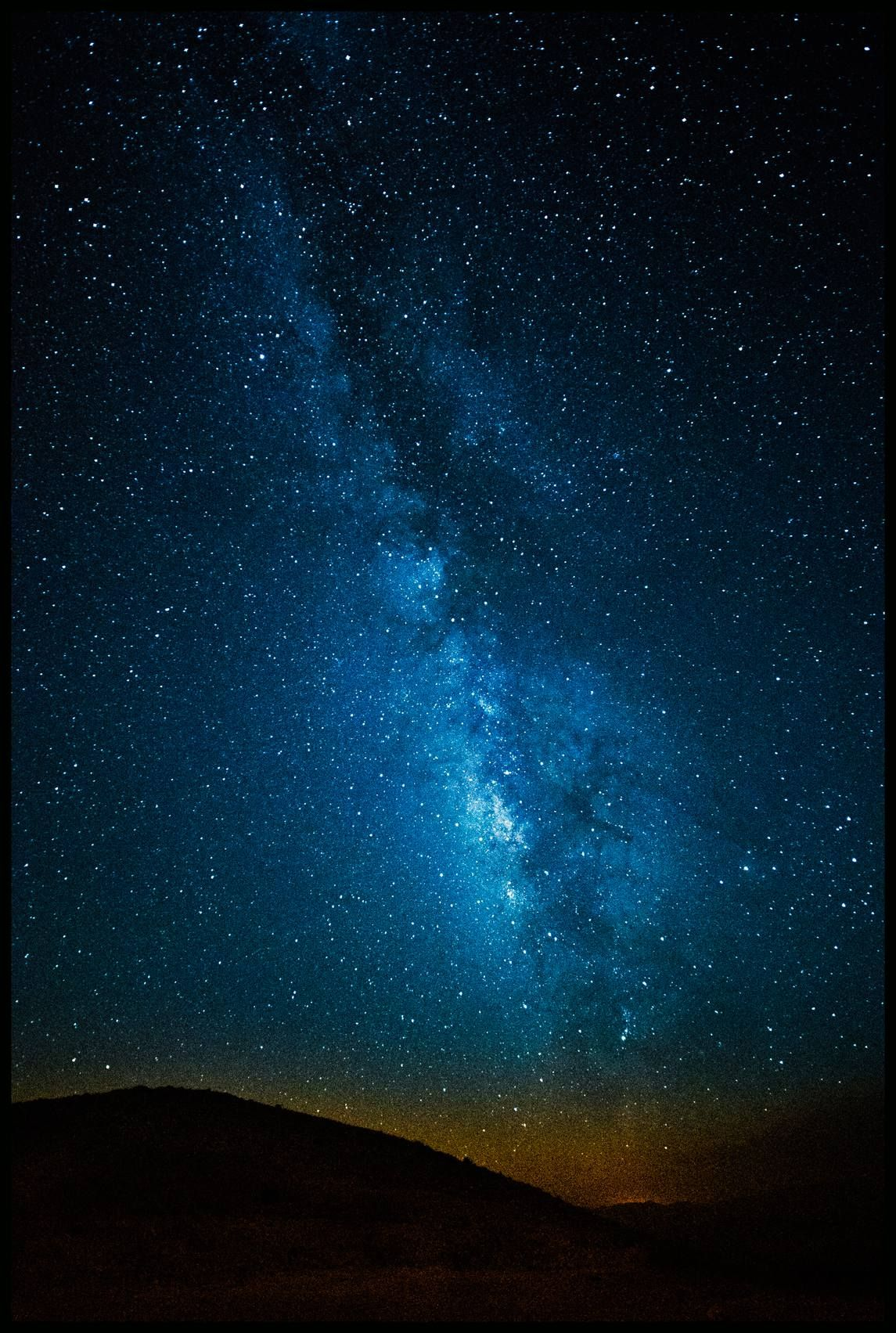 Milky Way Shines Bright Over Israel S Ramon Crater Night Scenery Milky Way Sky Images