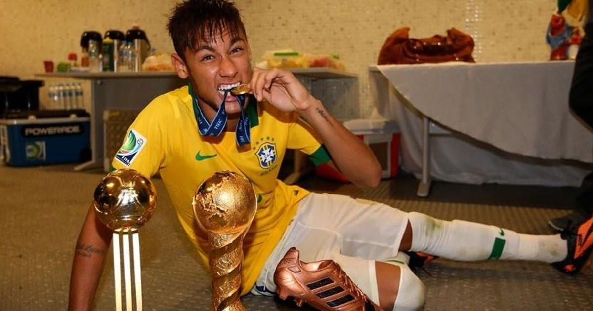 Neymar Wins Confederations Cup Golden Ball Award Neymar Given Golden Ball Award For Best Player Sportsne In 2020 Neymar Messi And Ronaldo Cristiano Ronaldo And Messi